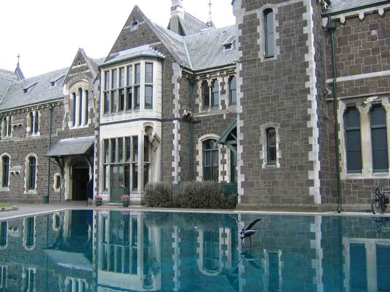 Oversea-Story-NZ-Best-University4