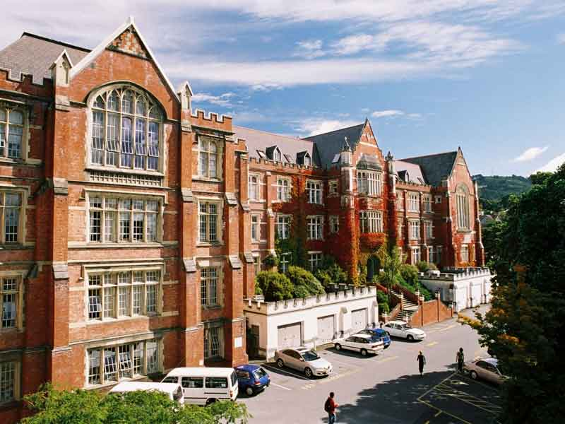 Oversea-Story-NZ-Best-University5